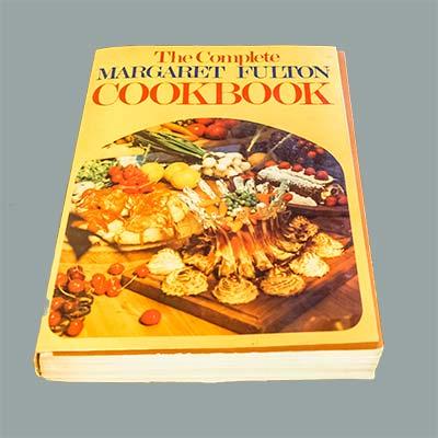 The Complete Margaret Fulton Cookbook - 1974